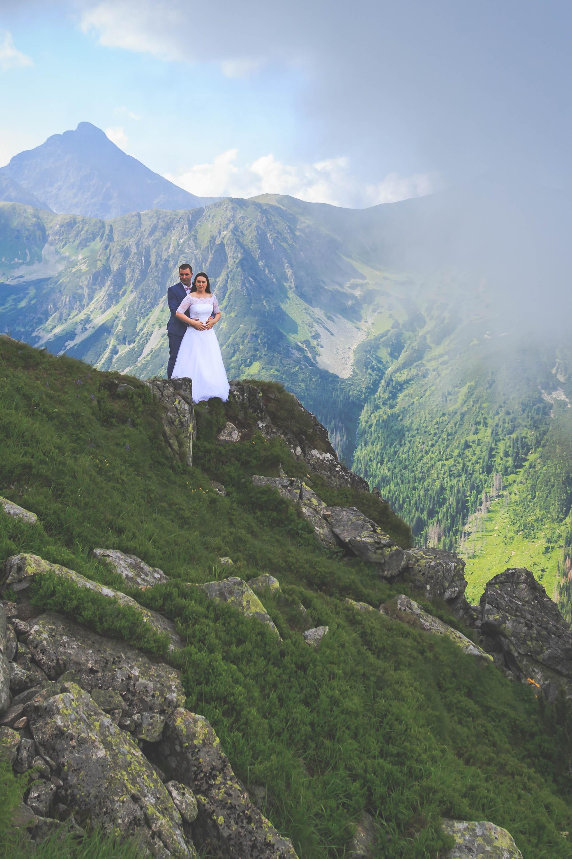 Świetny fotograf weselny